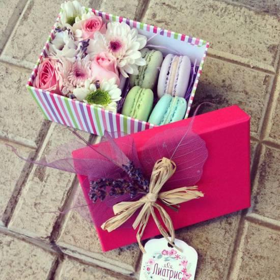 Подарочные коробочки с цветами