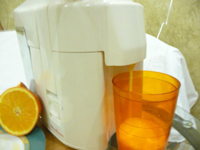 Как приготовит апельсиновый сок в домашних условиях 638